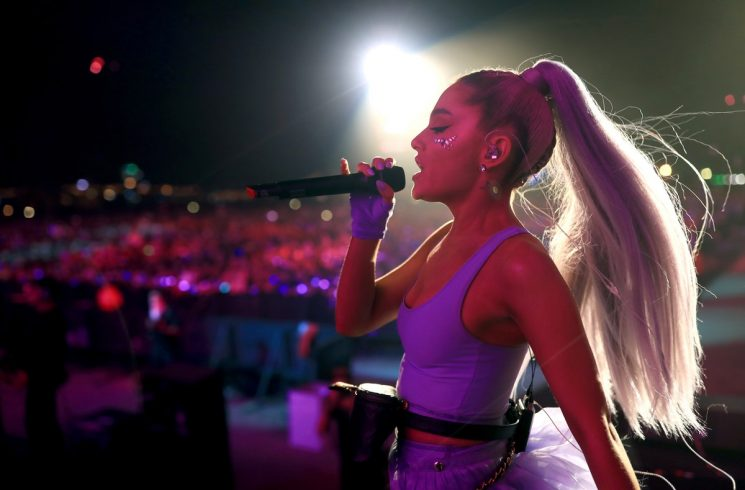 Ariana Grande's Platinum Blonde Hair Is Back, But Is It Real This Time? Here's What We Know