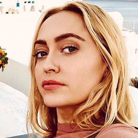 """""""Makes Me Want to Cry:"""" Brandi Cyrus Feels """"Helpless"""" About Loss of Sister Miley Cyrus' Home"""
