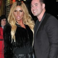 Katie Price and Kieran Hayler seen hugging after sorting Christmas plans