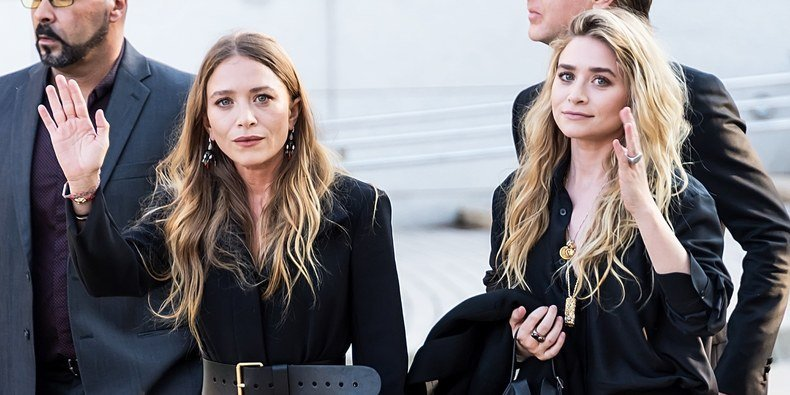 Mary-Kate and Ashley Olsen Make Rare Joint Appearance on the Red Carpet
