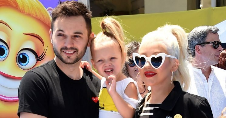 Christina Aguilera Brings Her Daughter, 4, On Stage — and SheFreezes