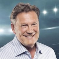 Glenn Hoddle latest: Football legend has lifesaving surgery after heart attack and friends say he is recovering well