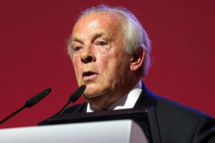 Gordon Taylor shows first signs of pressure as PFA chief agrees to investigation into union