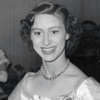 Is Queen Elizabeth the Reason Princess Margaret Died Heartbroken and Alone?