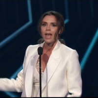 Victoria Beckham praised for incredible Spice Girls-inspired speech as she bags the Fashion Icon gong at star-studded People's Choice Awards 2018