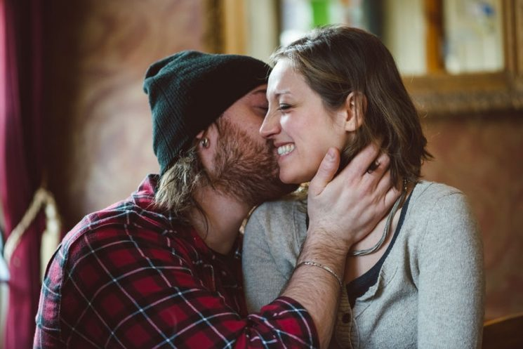 6 Date Ideas If Your Love Language Is Physical Touch That Will Give You All The Feels