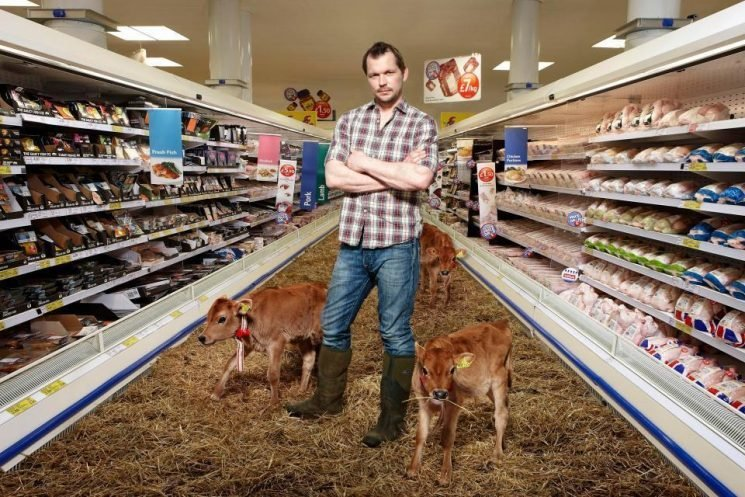 What time is Food Unwrapped on Channel 4 tonight and who is hosting with Jimmy Doherty and Kate Quilton?