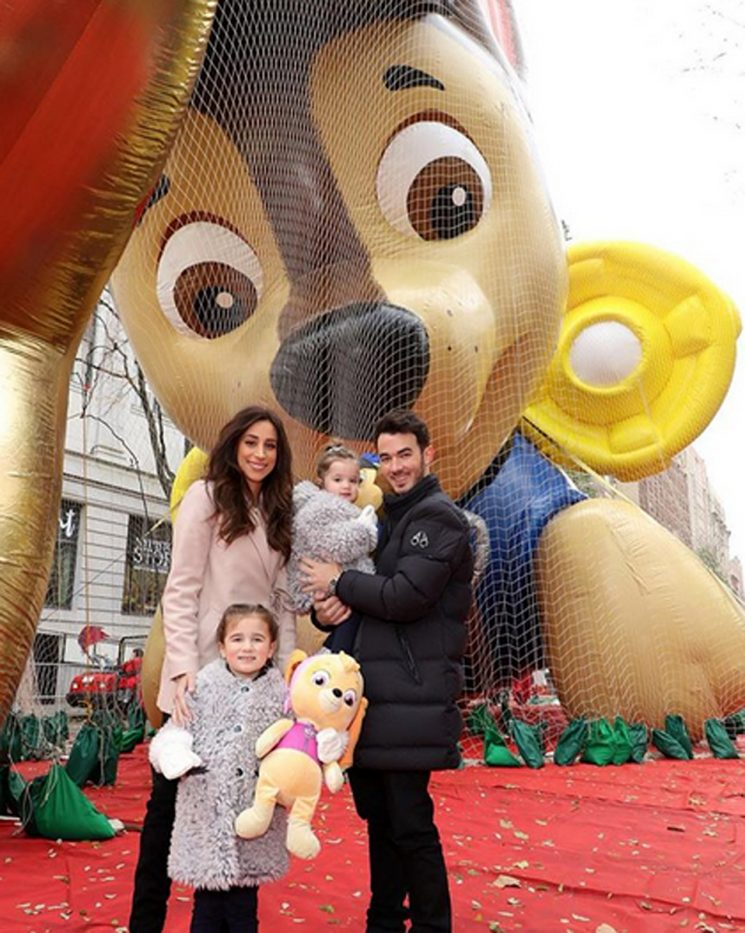 PAW-some! Kevin Jonas Takes His Kids to See PAW Patrol Balloon at Macy's Thanksgiving Day Parade