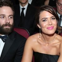 Mandy Moore's Wedding Reception Dress: Changes Into Gorgeous Black Gown To Perform With Hubby