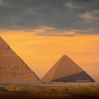 How were the Egyptian pyramids constructed, when and why were they built and how many are there?