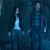 CW announces midseason schedule, 'Roswell, New Mexico' premiere date