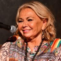 Roseanne Barr denies heart attack rumor with bizarre photo