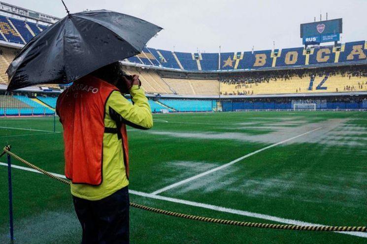 What time does Boca Juniors vs River Plate rescheduled Copa Libertadores final kick off tonight?