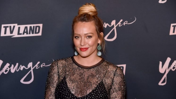 Hilary Duff Says She Drank Her Placenta — In a Smoothie