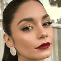 Vanessa Hudgens' Makeup Artist Shares Celeb-Inspired Holiday Beauty Ideas