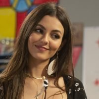 Victoria Justice Guest Stars on 'American Housewife' – First Look Pics!