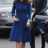 Duchess Kate repeated a blue Eponine London dress, showed off her highlights