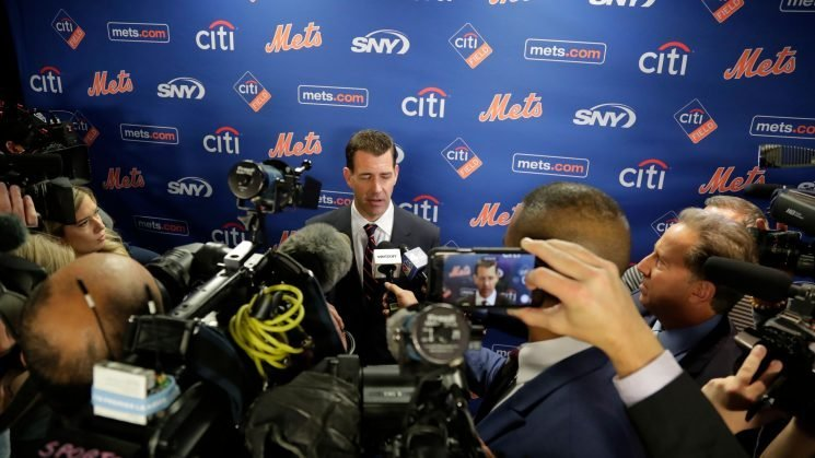 Mets' Brodie Van Wagenen draws all of the attention at MLB's GM Meetings