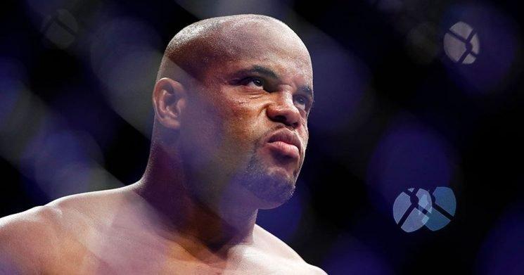 UFC 230: What time does the Daniel Cormier vs. Derrick Lewis fight start?