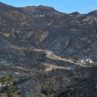Southern California's deadly Woolsey Fire fully contained, but area at risk for mudslides