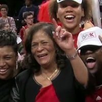 Rutgers' Stringer joins exclusive 1,000-win club