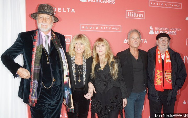 Lindsey Buckingham Happy Enough With Settlement for Lawsuit Against Fleetwood Mac