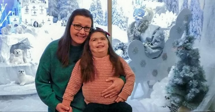 Mum builds magic Lapland in conservatory for daughter, 5, too ill to go for real