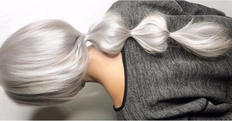 The Easiest NYE Hairstyles You Can Do Yourself