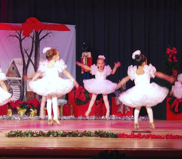 Christmas in Florida! Sweden's Princess Madeleine Shares Photo Her 'Nutcracker Ballerina' Daughter