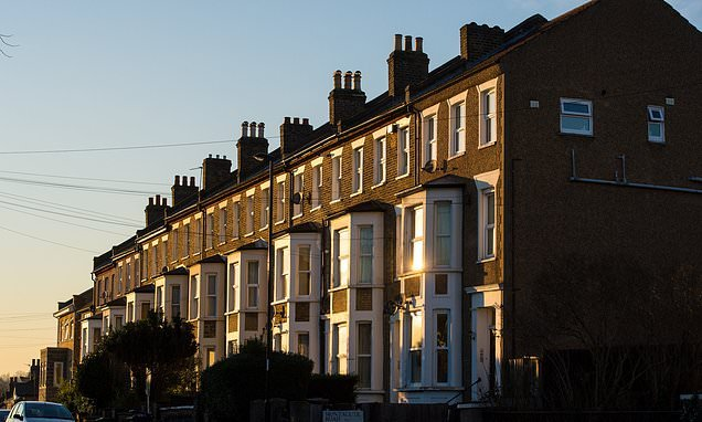 Half of all mortgages are stretching new owners, warns Bank of England