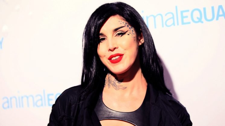 Kat Von D Asked a Stranger to Help Breastfeed Her Newborn Son