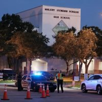 Florida school massacre panel recommends arming teachers