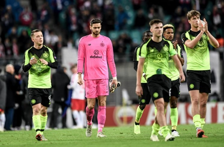 What must Celtic do to qualify for the Europa League knockout stage?