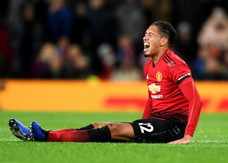 Chris Smalling suffers fractured foot as Man Utd defensive crisis deepens