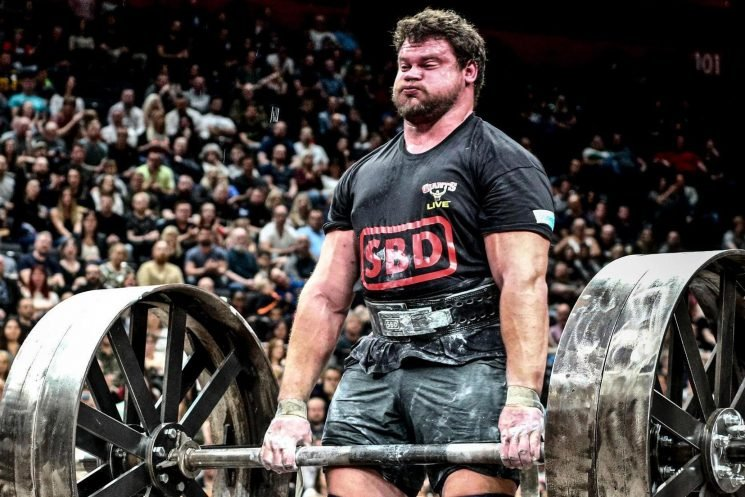 When does World's Strongest Man start on Channel 5, who's presenting and what are the challenges?
