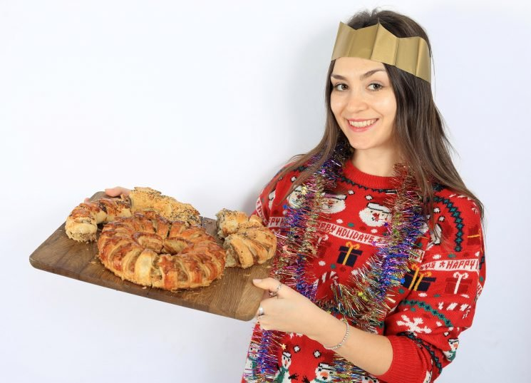 Treat the family this Christmas with a bizarre sausage wreath — we taste options for your feast