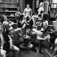 Posh Oxford students slammed for stripping off and posing for naked snaps in Exeter College