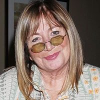 Penny Marshall Dead: 'Laverne & Shirley' Star, 75, Dies After Complications From Diabetes