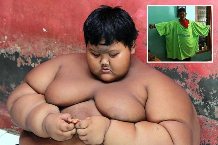Remarkable transformation of Indonesia's fattest kid who lost HALF his body weight after quitting sugar and now wants to become a footballer