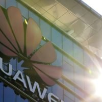 White House considers 'emergency' order to ban Huawei and ZTE entirely