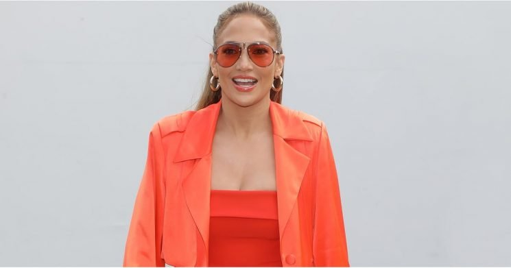 J Lo Just Matched Her Lip Color to Her Neon Heels, as If the Dress Wasn't Enough