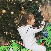 Penelope Disick, Riley Curry & 20 More Celebrity Kids Looking Too Cute In Christmas PJs