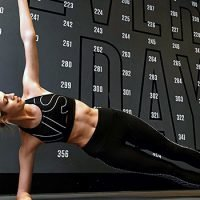 VS Model Devon Windsor Reveals Her 7 Diet Diet & Workout Routine Leading Up To Fashion Show