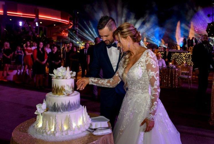 Disney Fairy Tale Weddings: Where Can You Buy Disney Wedding Dresses?