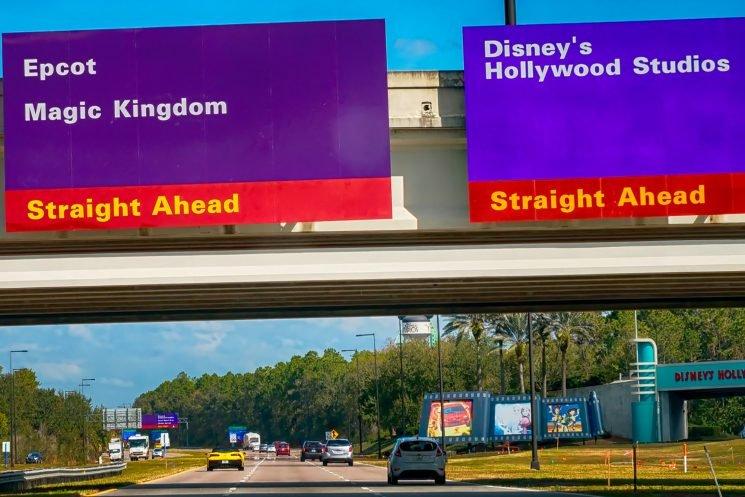 14 tourists injured in Disney World bus crash