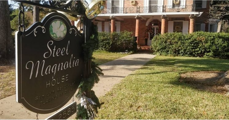 You Can Stay in the Real-Life House From Steel Magnolias, So Grab Your Girlfriends!