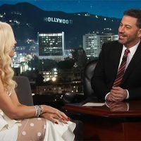 Gwen Stefani Admits She & Blake Shelton Are Struggling To Come Up With Xmas Gifts For Each Other