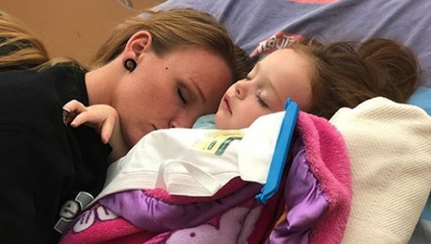'Teen Mom OG's Maci Bookout Struggles To Tell Daughter, 3, That She'll Be Having Major Surgery