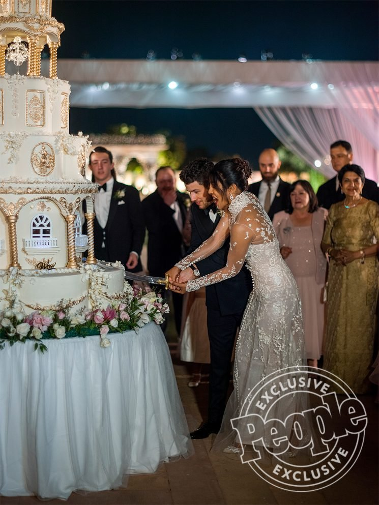 See Priyanka Chopra and Nick Jonas' 7-Tier Wedding Cake Inspired by the Palace Where They Wed