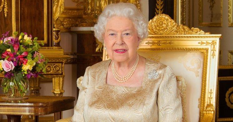 Queen Elizabeth Just Got Her Glammest Portrait Yet